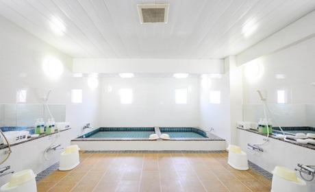写真:大浴場全体(男性)