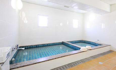 写真:大浴場(男性)